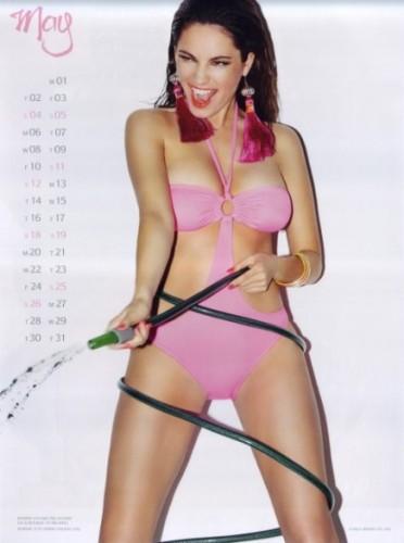 kelly brook, calendario 2013, calendario hot 2013, calendari sexy 2013, calendario kelly brook, gossip